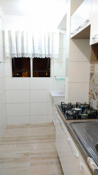 Apartamento 2 Dorm, Sala com Sacada e 1 Vaga Rotativa-104740