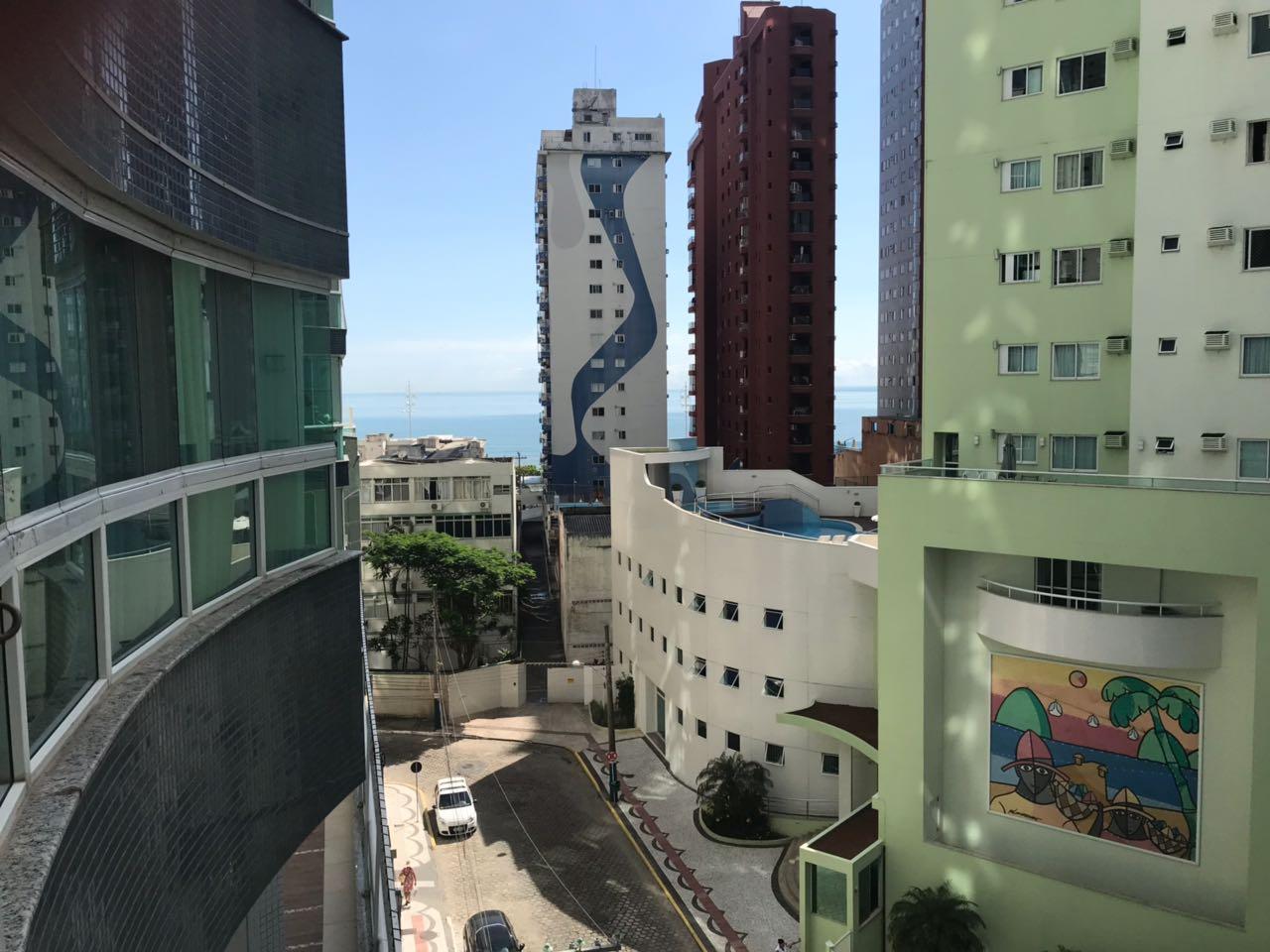 Lindo Apartamento 3 suítes Quadra Mar-104769