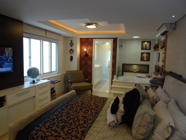 Ótimo apartamento no centro com 3 vagas privativas!!-104779