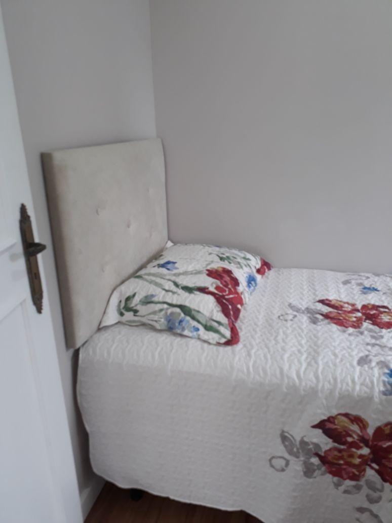 Imóvel reformado, mobiliado e decorado, com 02 dormitórios!-104833