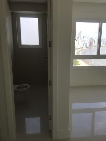 Apartamento alto padrão de frente para o mar!-104856