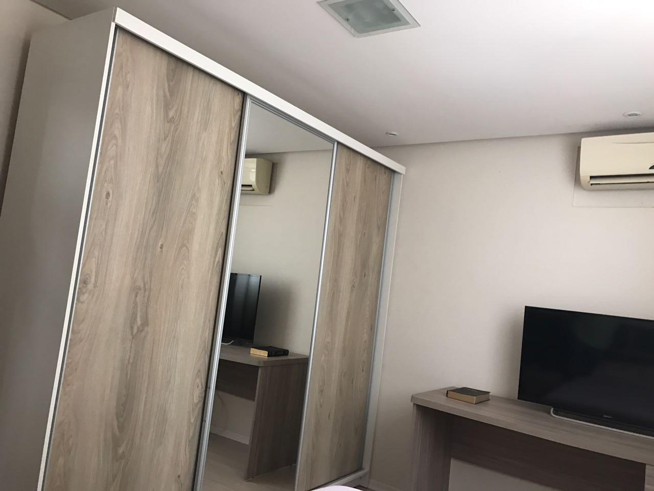 Apartamento no bairro Espinheiros em Itajaí-104826