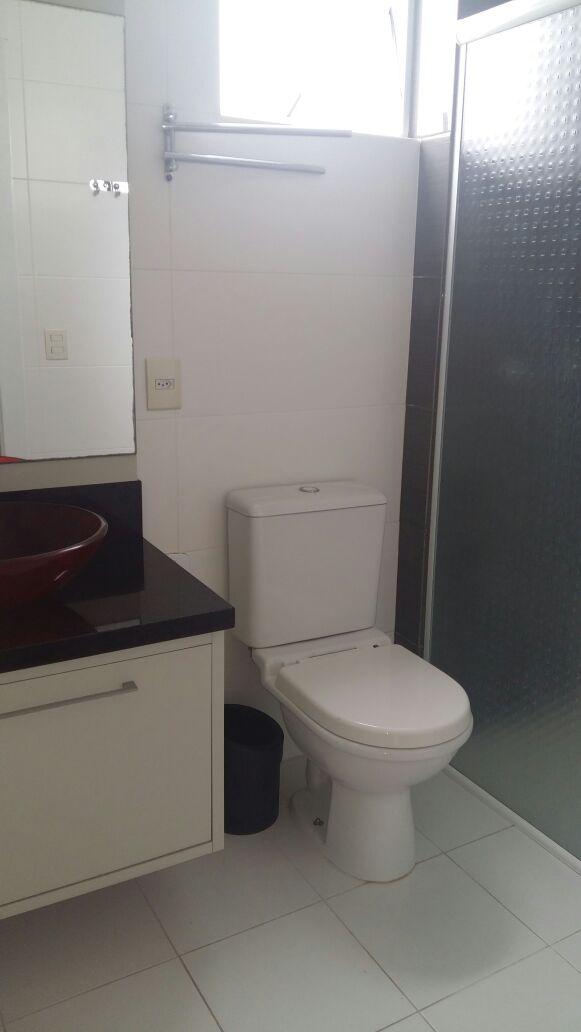 Apartamento Mobiliado com 3 dormitórios, sendo 1 suíte!-104825